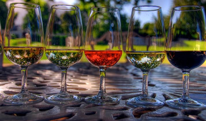 Kết quả hình ảnh cho tìm hiểu về rượu vang